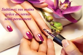 deals pose d'un vernis semi-permanent