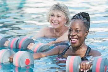239€ ce forfait à 4 (Coaching Aquafitness et natation plus 2 nuits en bungalow de luxe) avec Deals Guadeloupe
