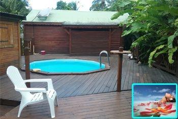 179€ au lieu de 245€ un forfait massage avec un séjour Deals Guadeloupe 2N/2Pers dans un bungalow avec piscine surplombant la mer des caraibes