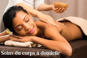 Un soin à domicile pour un rituel du corps avec gommage, enveloppement, massage personnalisé. Exclusivité Deals Guadeloupe