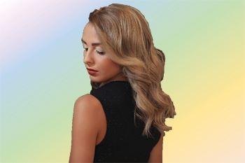 Une coupe mèches ou balayage avec transformation et brushing pour tous types de cheveux. Un forfait coiffure tout compris avec soin complet