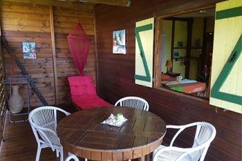 Deshaies – Séjour 3J/2N 2 pers. à 70.40€ / Nuit en lodge (en option massage ou restaurant)