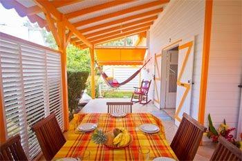 Deshaies – Séjour en villa de vacances avec jeux pour enfants pour famille - 5J/4N 6 pers. à 160€ / Nuit dans une résidence avec piscine à débordement