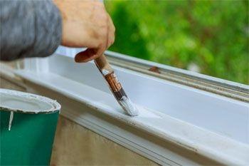 Forfait rénovation peinture intérieure bois à 11 €/m2  pour votre maison par un peintre professionnel qualifié