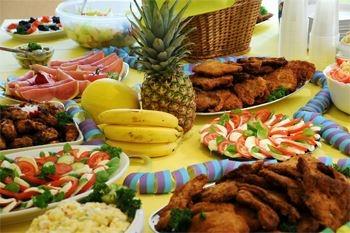 Trois rivieres (Guadeloupe) - Savourez un menu complet et à volonté dans ce restaurant en bord de plage