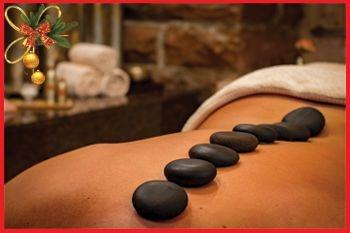 Deshaies - Un rituel décontractant aux pierres chaudes complété par un massage crânien très relaxant