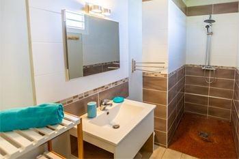 Offre séjour de 2 à 4 Nuits /5 Pers. à partir de 113€ /Nuit dans un superbe bungalow de 40 m2