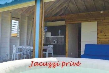 Ste Rose - Un séjour 3J/2N 4 pers dans un superbe bungalow avec Jacuzzi individuel, piscine et vue mer