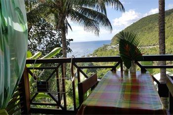 Deshaies – Séjour 3J/2N pour 2 pers. à 85.50€ / Nuit en lodge avec 2 menus créoles sur la plage de Grande Anse
